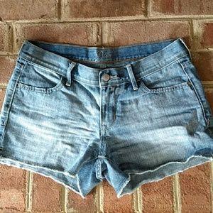 Old Navy Diva frayed jean shorts